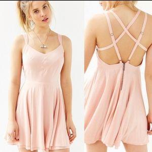 Kimchi Blue Scarlett Fit + Flare Dress Size 0
